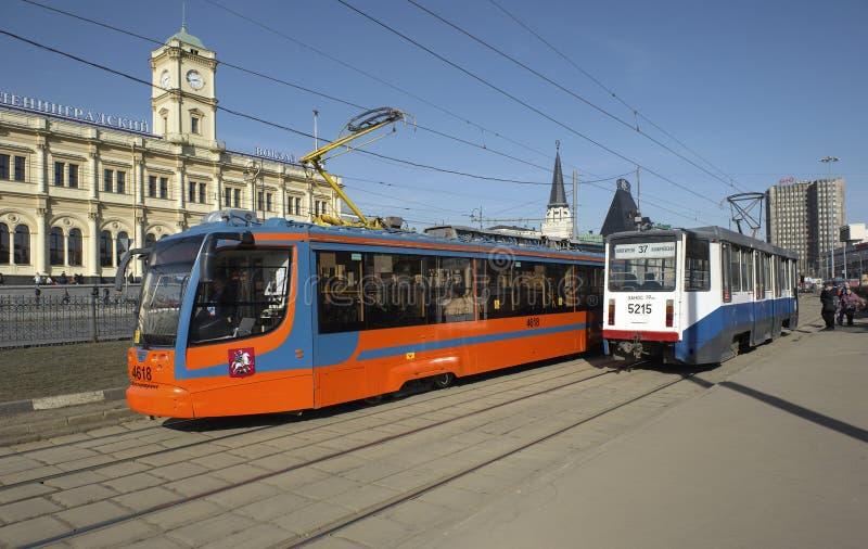 Tranvías modernas en Moscú foto de archivo libre de regalías