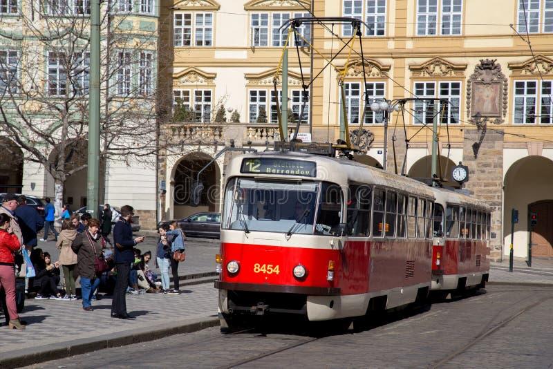 Tranv?a viejo en Praga imagen de archivo