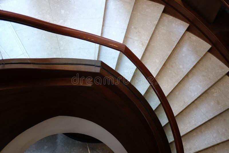 trap binnenlandse architectuur cirkel klassieke trap in ho royalty-vrije stock foto's