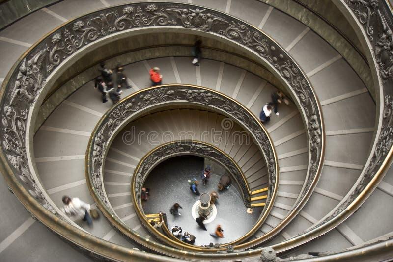 Trap van het Museum van Vatikaan stock fotografie