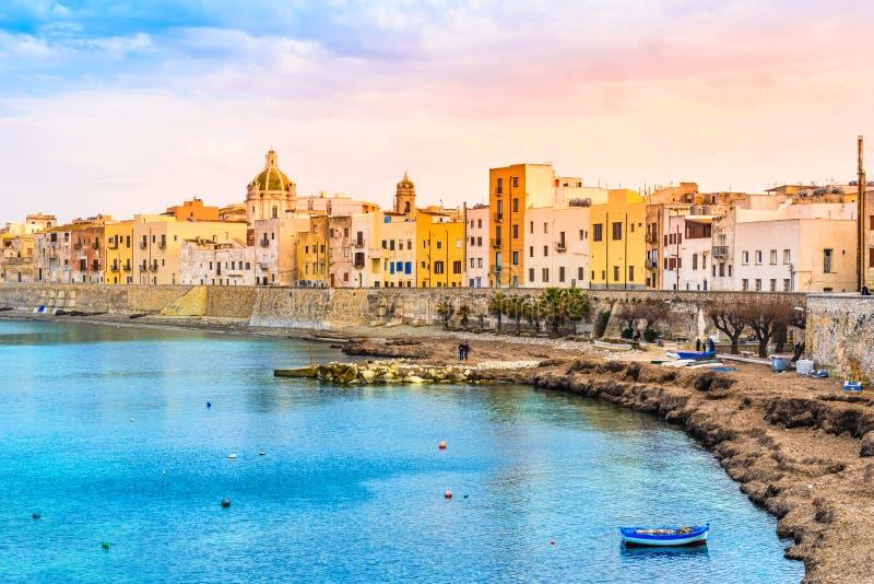 Trapani panoramautsikt, Sicilien, Italien royaltyfria bilder