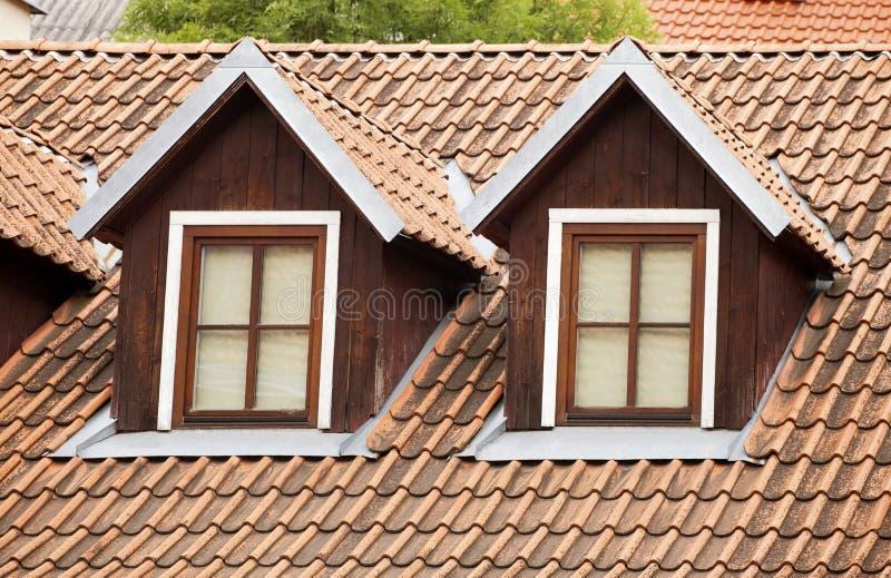 Trapeira e um telhado telhado imagem de stock royalty free