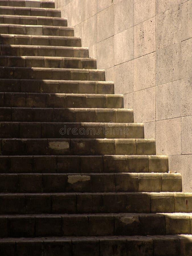 Download Trappa arkivfoto. Bild av linjer, soligt, skugga, perspektiv - 236162