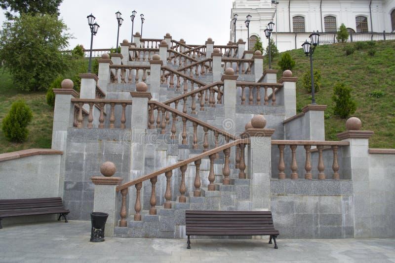 Trappa nära den Svyato-Uspensky domkyrkan arkivfoto