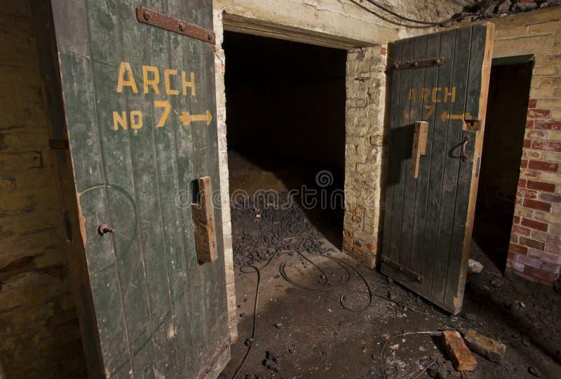 Trappes de cave photos libres de droits