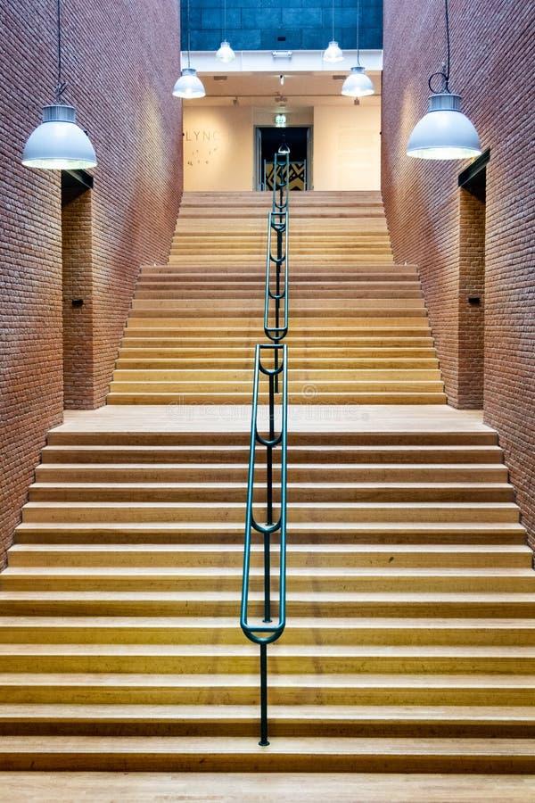 Trappuppgång Maastricht, Nederländerna arkivbild