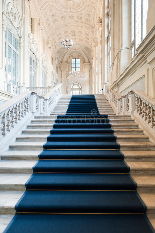 trappuppgång för arkitekturmadamapalazzo s arkivbild