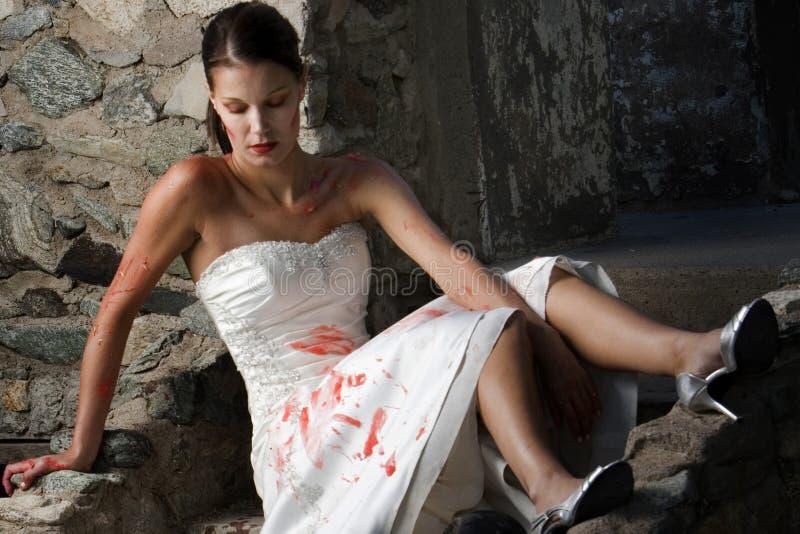 Trash die Kleid-Braut stockfoto