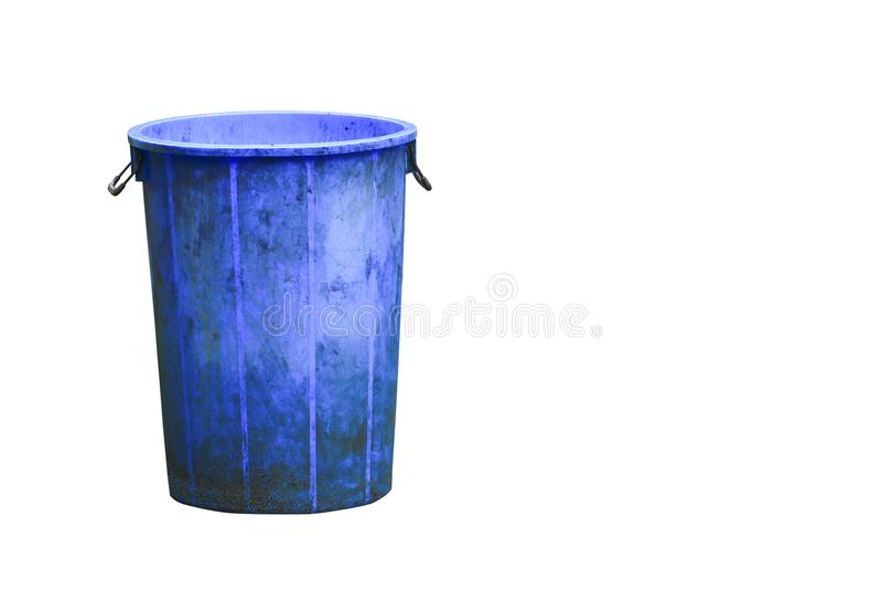 Trashcan blauwe plastic kringloopdiebak op witte weg wordt geïsoleerd als achtergrond en het knippen stock afbeeldingen