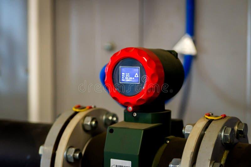 Trasmettitore di flusso o funzione dell'attrezzatura del trasduttore di flusso ed inviato immagini stock