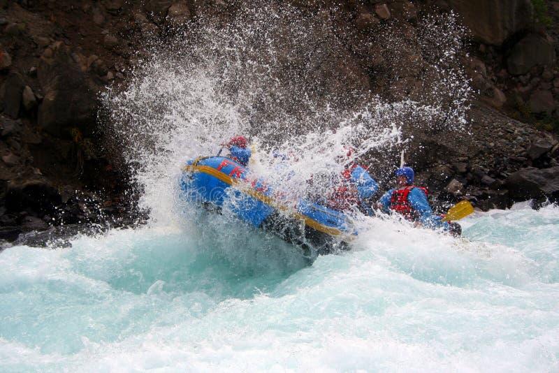 Download Trasportare del fiume immagine stock. Immagine di squadra - 222299