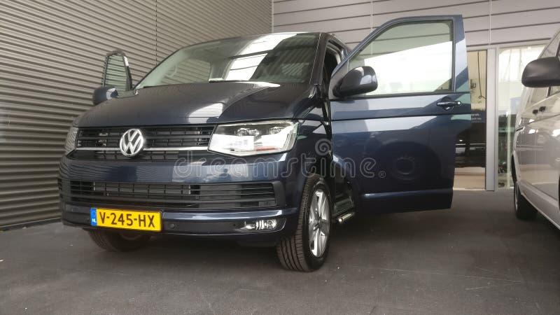 Trasportatore di Volkswagen T5 fotografia stock