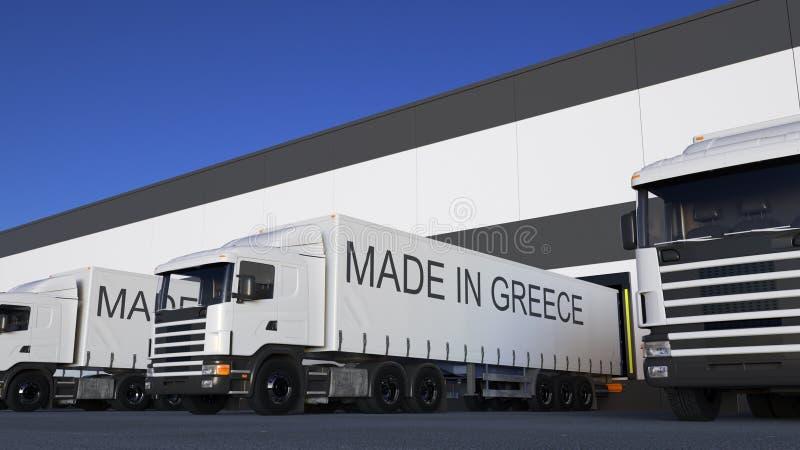 Trasporti i camion dei semi con FATTO nel titolo della GRECIA sul caricamento o sullo scarico del rimorchio Trasporto 3D del cari fotografia stock libera da diritti