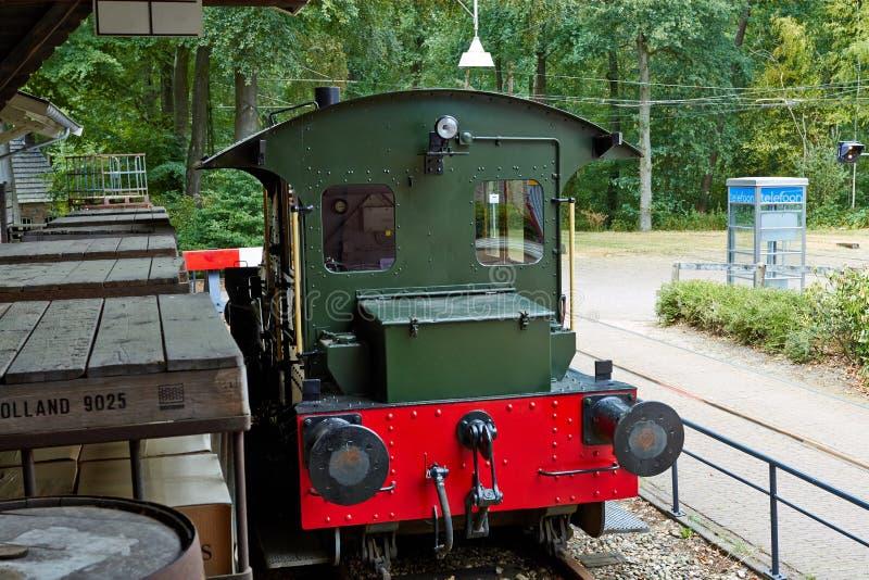 Trasporti la stazione con il treno Luglio 2018 immagine stock libera da diritti