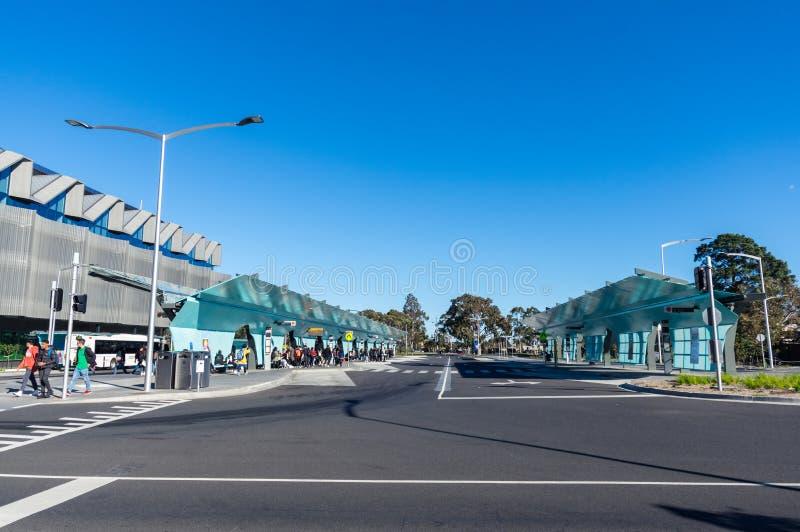 Trasporti lo scambio alla città universitaria di Clayton dell'università di Monash a Melbourne immagine stock