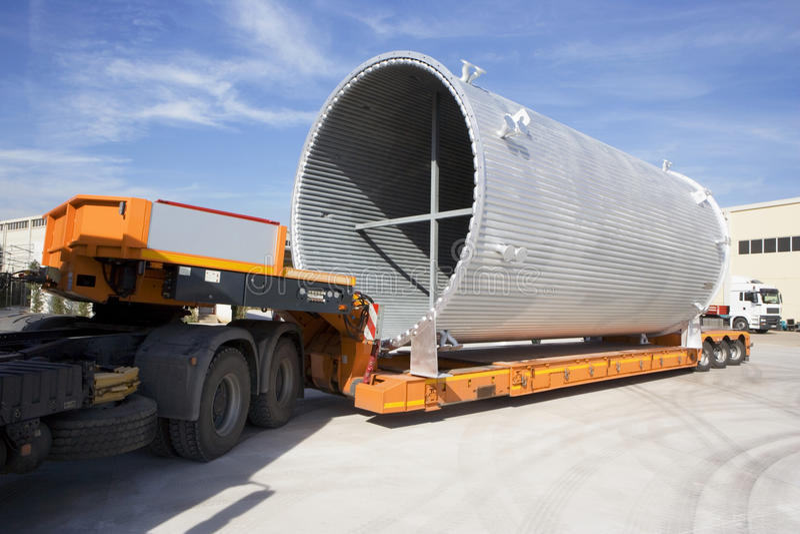 Trasporto, canale di raffreddamento a aria sul camion fotografia stock libera da diritti