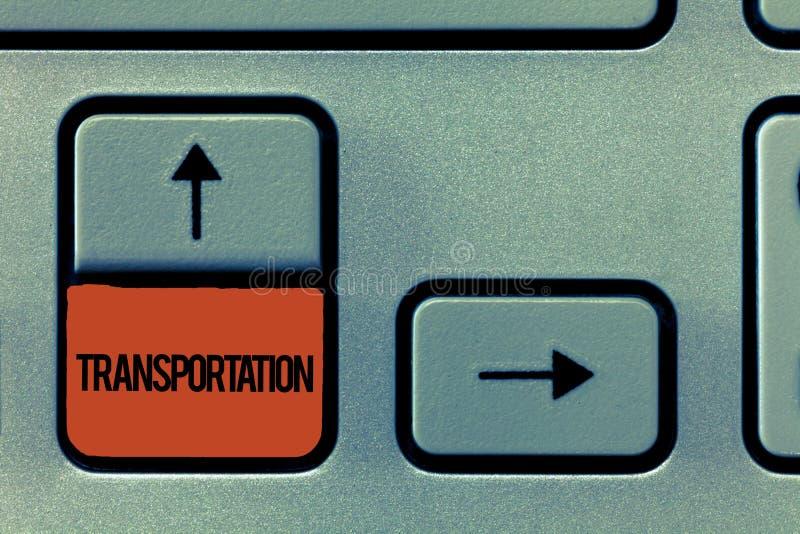 Trasporto del testo della scrittura Mezzi di significato di concetto di trasporto che mostrano e sistema delle merci dei veicoli immagini stock libere da diritti