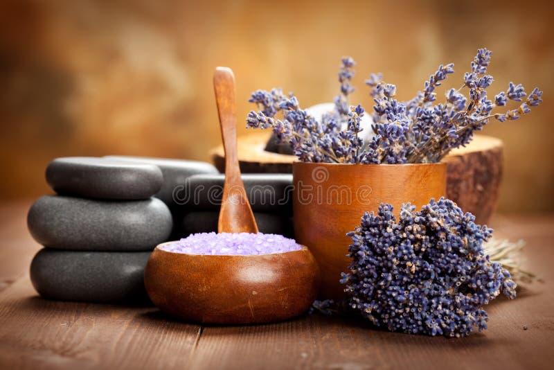 Tratamento da beleza - termas da alfazema imagens de stock