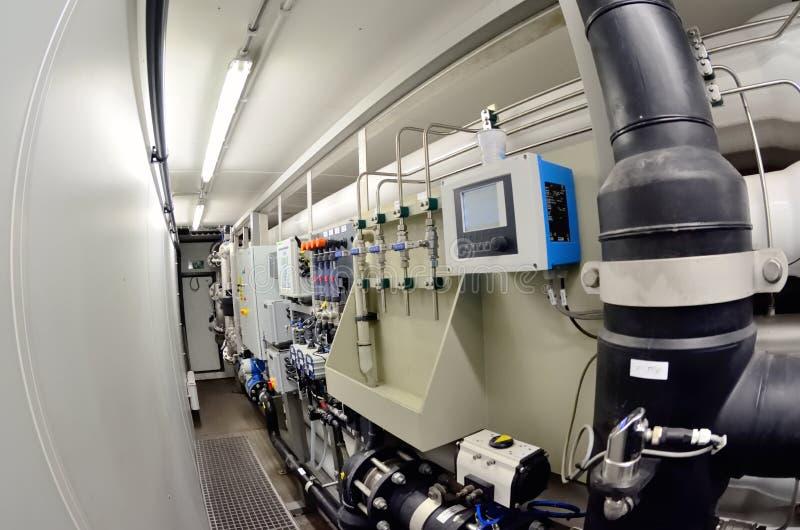Tratamento industrial dos filtros de água foto de stock