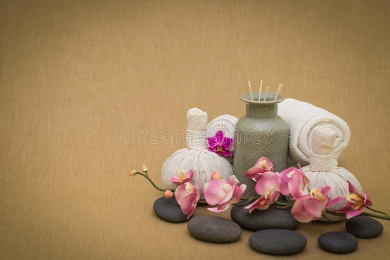 Tratamentos tailandeses da massagem fotografia de stock