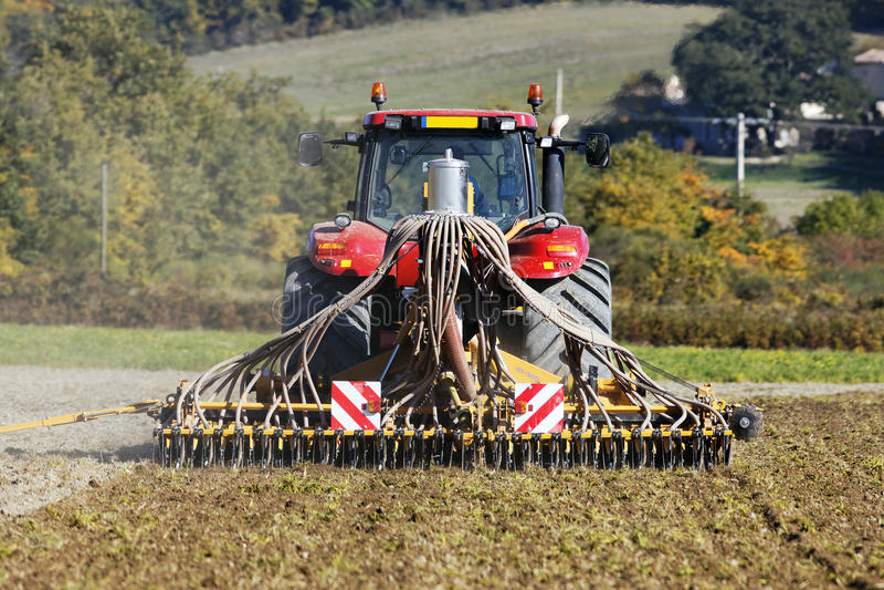 Download Trator foto de stock. Imagem de trator, agricultural - 16857590
