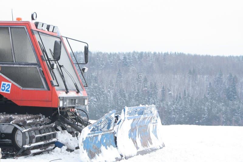 Trator da preparação da inclinação do esqui foto de stock royalty free