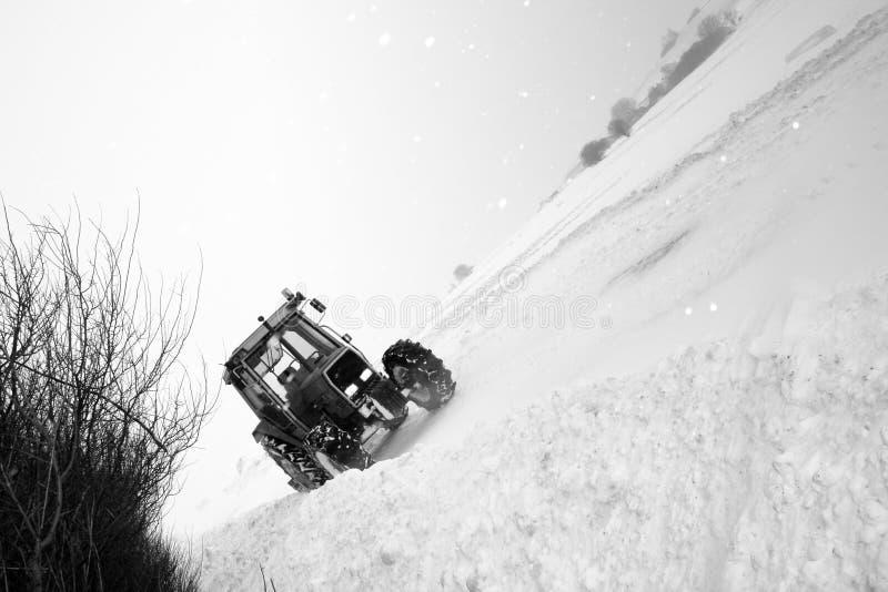 Trator de estrada da neve fotografia de stock