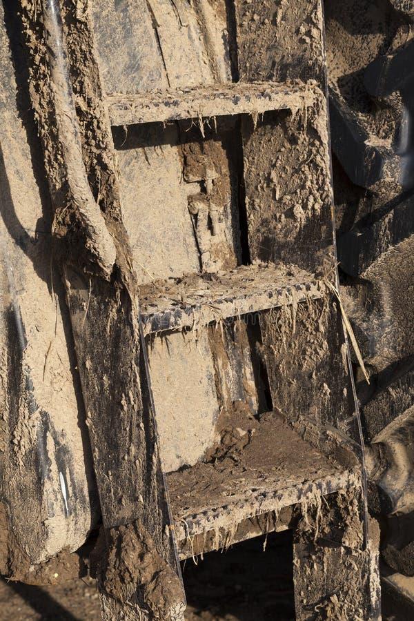 trattore sporco della scala fotografia stock libera da diritti