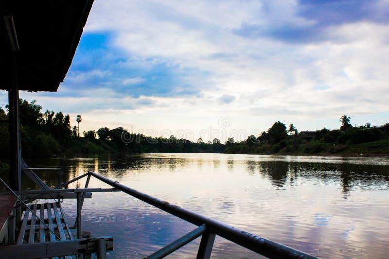 Tratwy w Narn rzekę zdjęcia royalty free