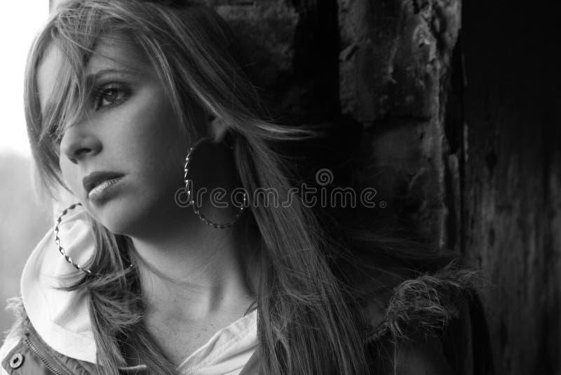 Traurige Jugendliche lizenzfreies stockfoto