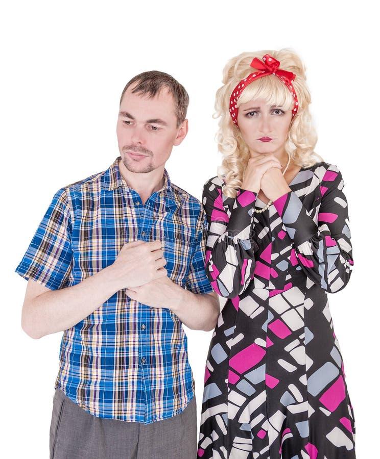Traurige lustige Retro- Familienpaare mit Verhältnis-Problem stockbilder