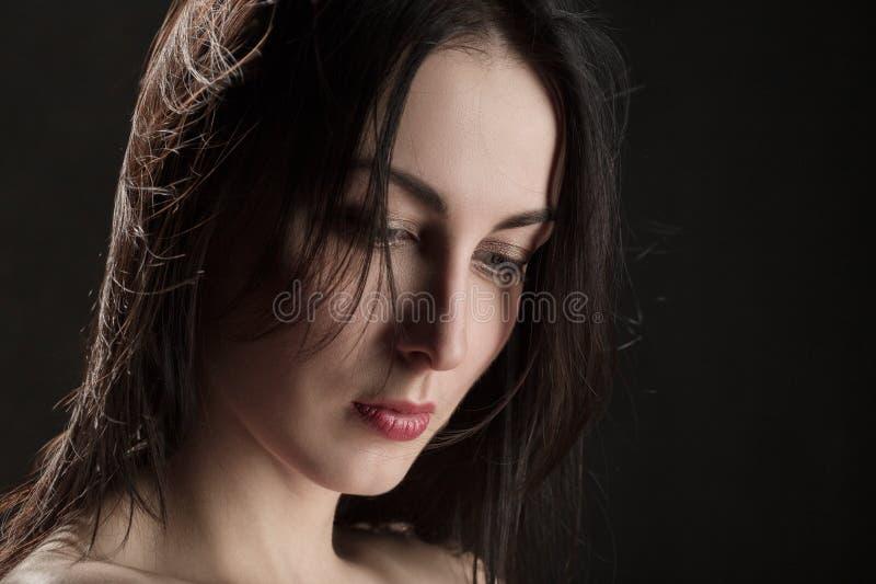Trauriges weibliches Porträt stockfotos
