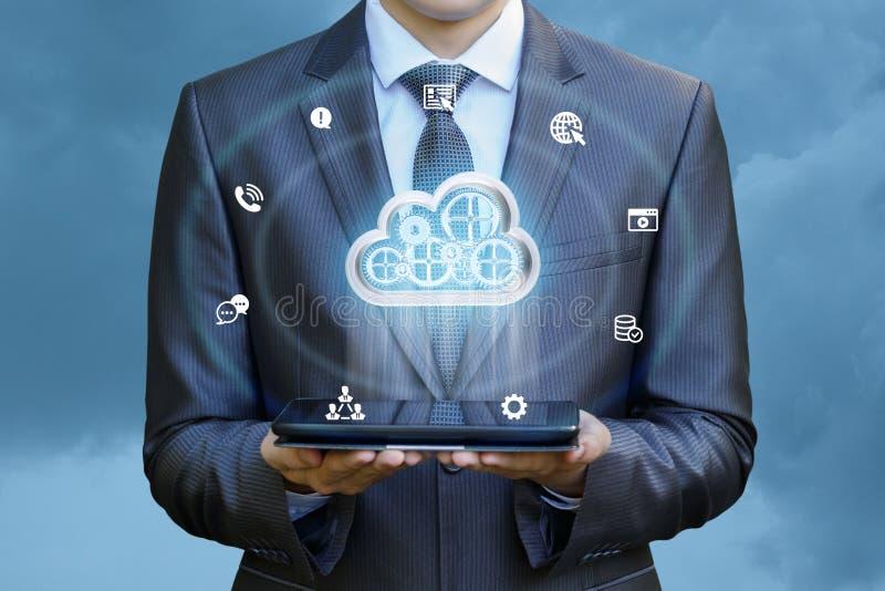 Travail avec le grand nuage de données image stock