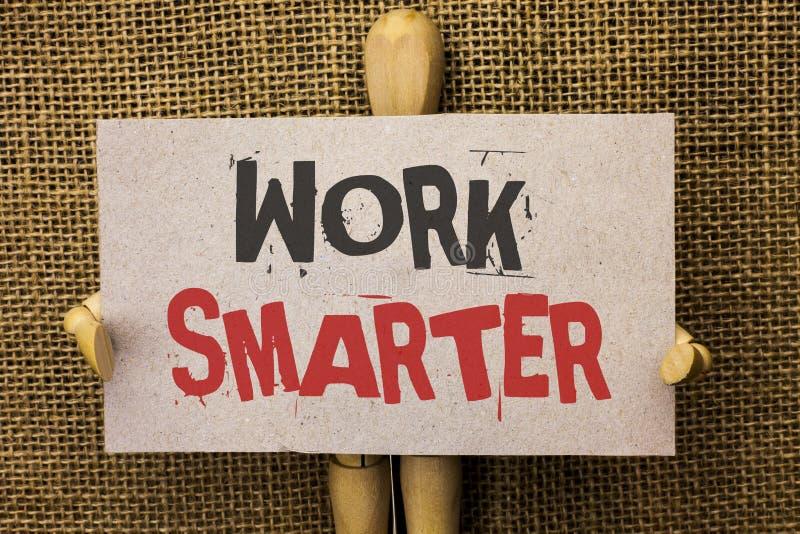 Travail conceptuel d'apparence d'écriture de main plus futé Texte o écrit par Job Task Effective Faster Method intelligent effica photographie stock libre de droits