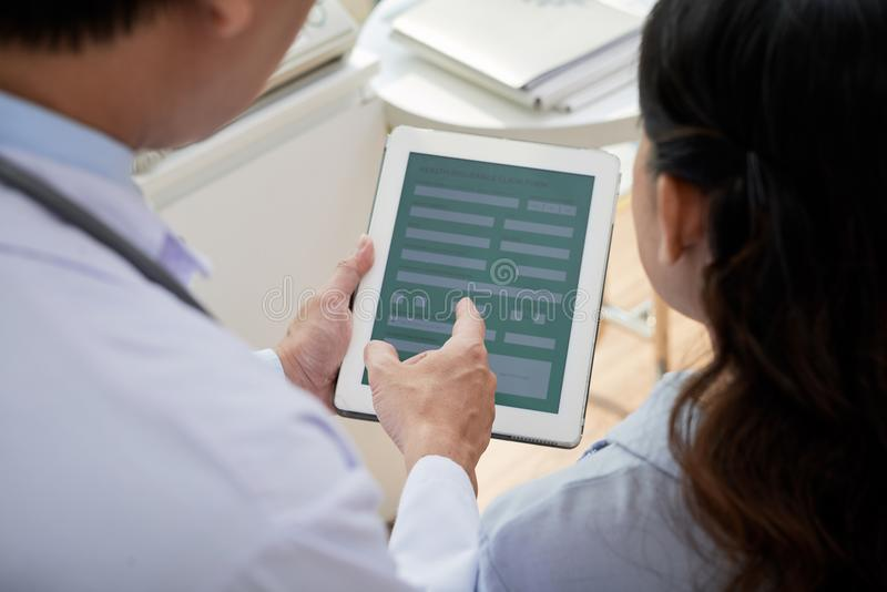 Travail d'équipe des médecins fortement professionnels photographie stock libre de droits