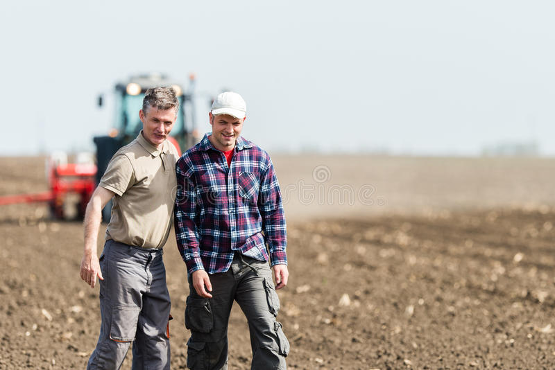 Travail dans l'agriculture image stock