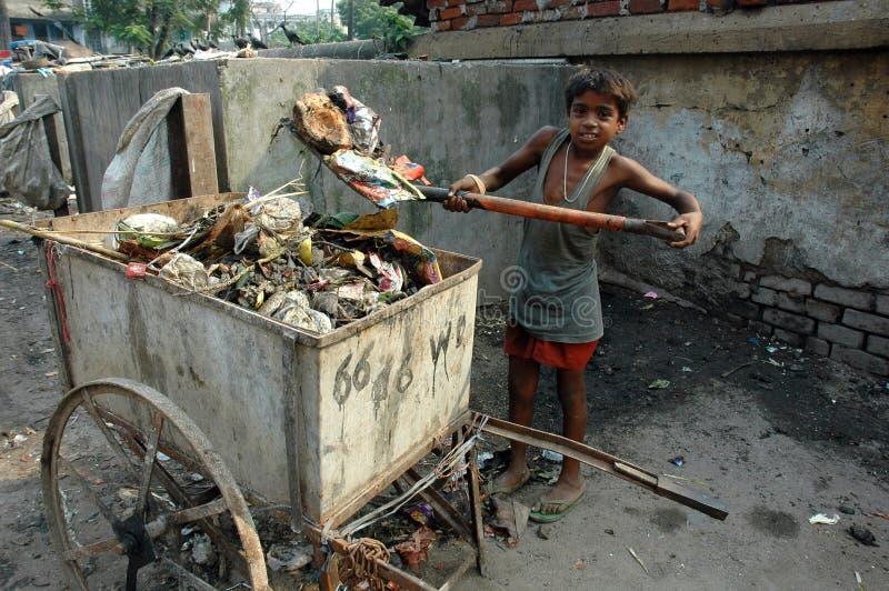 travail de l'Inde d'enfant photo stock