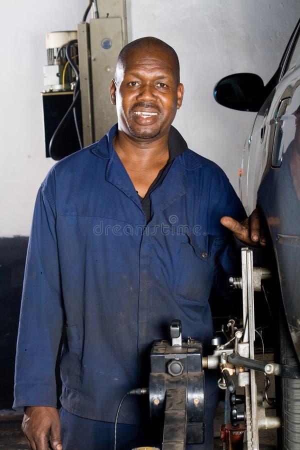 travail de mécanicien images libres de droits