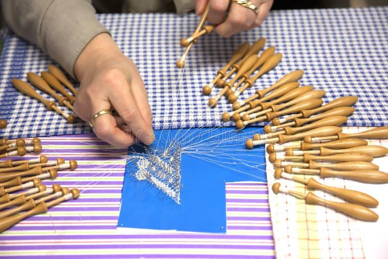 Travail de main de crochet photos libres de droits