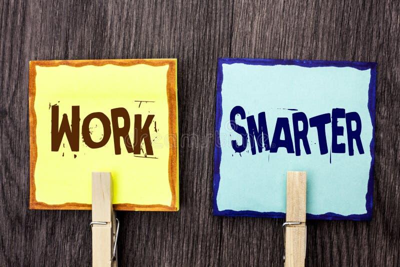 Travail des textes d'écriture de Word plus futé Concept d'affaires pour Job Task Effective Faster Method intelligent efficace écr image libre de droits