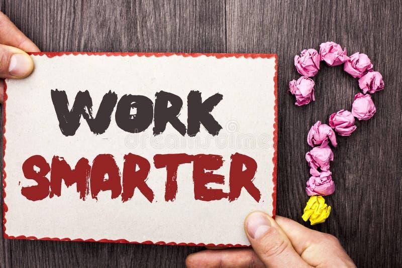 Travail des textes d'écriture de Word plus futé Concept d'affaires pour Job Task Effective Faster Method intelligent efficace écr images stock