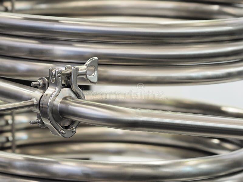 Travail industriel de pipe d'acier inoxydable images libres de droits