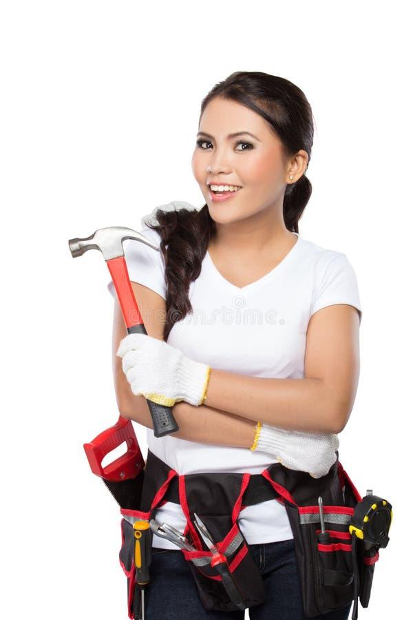 Travailleur de la construction féminin prêt à travailler image stock