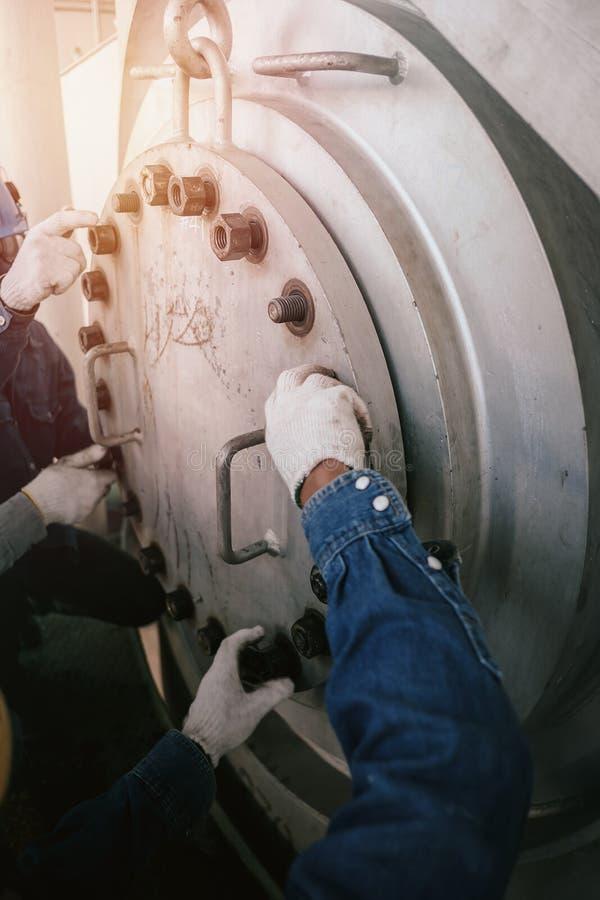 Travailleur industriel photos stock