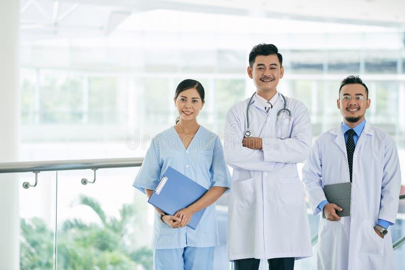 Travailleurs d'hôpital de Cheeful image libre de droits