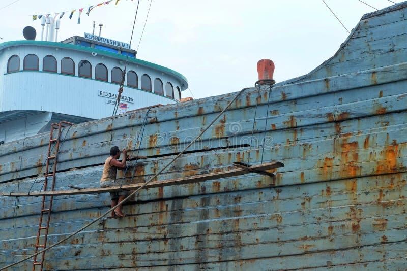 Travailleurs de bateau image stock