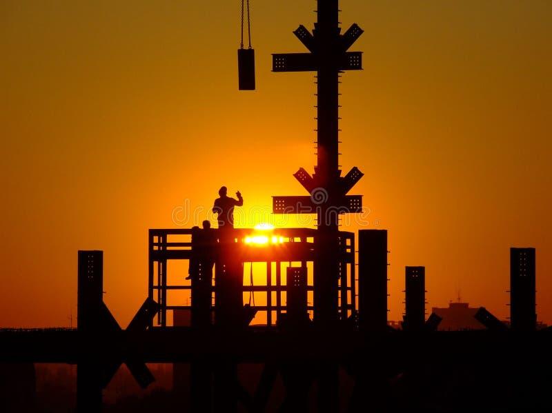 travailleurs de la construction image stock