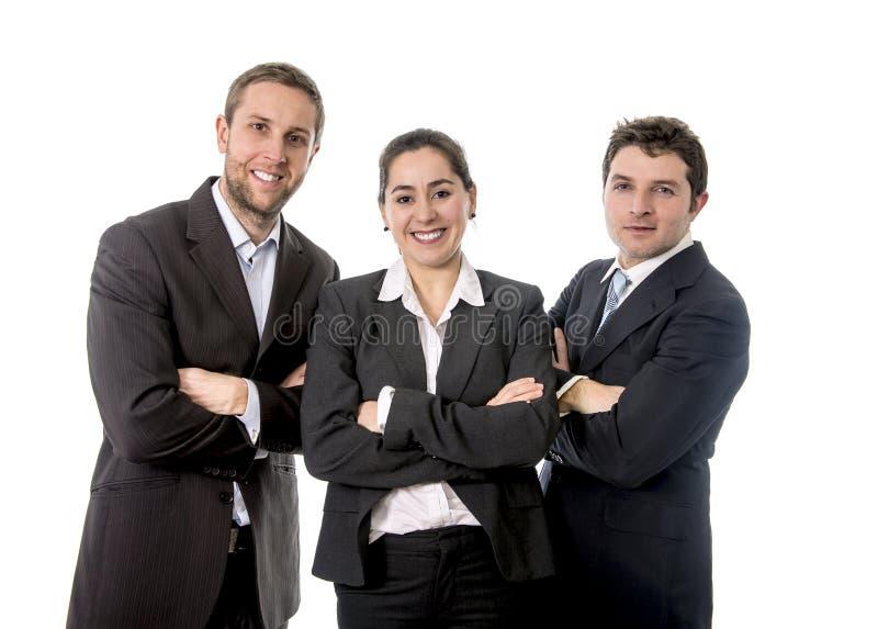Travailleurs heureux d'affaires avec leurs bras croisés photos stock