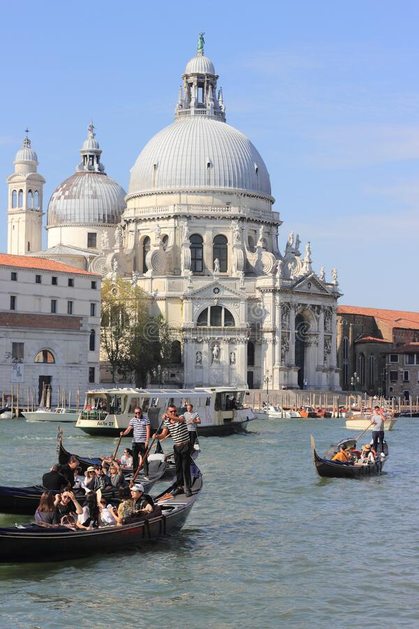 Free Travel The Canals Of Venice Seeing The Sights Of Architecture Stock Photos - 208467443