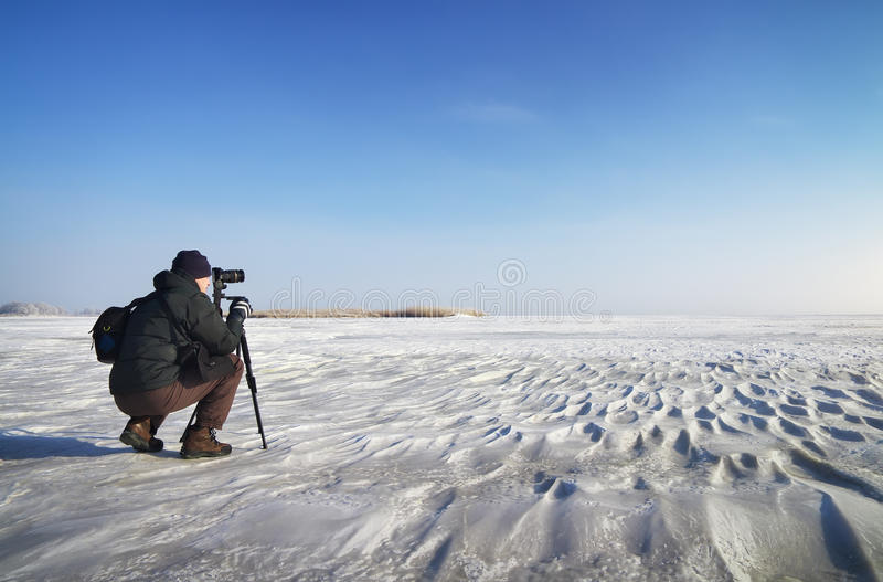 Download The Traveler Takes A Winter Landscape. Stock Photo - Image: 39037438